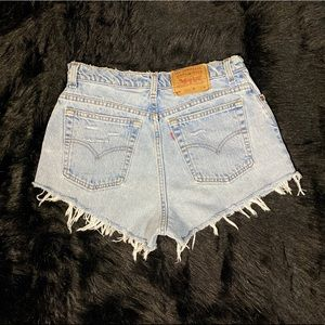 Levis high waisted shorts sizes 10